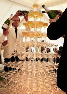 wedding champagne tower perfect for the Gatsby vintage theme Great Gatsby Wedding, 1920s Wedding, Dream Wedding, Wedding Day, Prohibition Wedding, Wedding Reception, The Great Gatsby, Wedding Dreams, Luxury Wedding