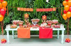 Decoração de mesa festa de aniversário coruja