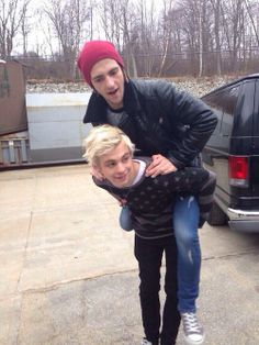Rocky:Hey Ross!! Piggy back time! Ross:Okaaay! Hop On!!