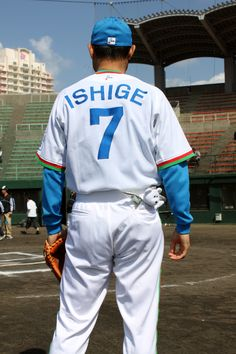 I got to hang out with #7 Hiromichi Ishige. He used to play for the Seibu Lions, The Daiei Hawks and managed the Orix Blue Wave. http://en.wikipedia.org/wiki/Hiromichi_Ishige