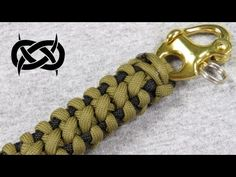 How to make a Boneyard Bar (Paracord Bracelet) with a Snap Shackle Tutorial (Paracord 101) - YouTube