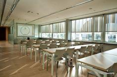 PBC Coworking – Sala azul (formación y coworking flexible)