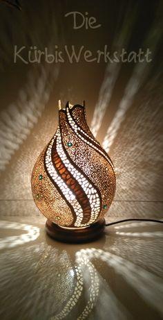 Handmade gourd lamp made by Die KürbisWerkstatt Bottle Design, Glass Design, Glass Floor Vase, Surprise Birthday Gifts, Mosaic Crafts, Gourd Crafts, Painting Lamp Shades, Decorative Gourds, Pyrography Patterns