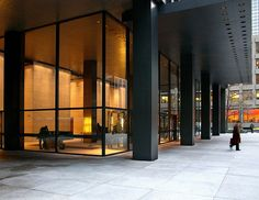 The Seagram Building,NY, Mies van der Rohe, 1958