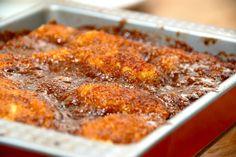 Den bedste opskrift på brunsvigerkage uden gær. I stedet er brunsvigeren bagt med bagepulver, og den er super god. Til en brunsvigerkage uden gær skal du bruge: 150 gram økologisk rørsukker 3 hele …