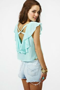Into the fashion's World: A cute Ruffled crop Blouse