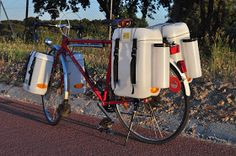 Fotografias de las alforjas montadas en la bicicleta