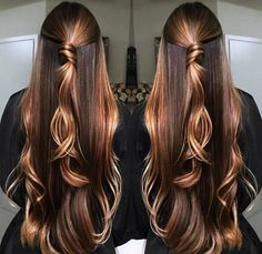 Balayage is the classic hairstyle for all types of hair that gives them life and dimension to your lifeless hair. It not only highlights your hair but also transform your entire look. Hair Color Balayage, Hair Highlights, Beautiful Long Hair, Gorgeous Hair, Brown Blonde Hair, Long Layered Hair, Pretty Hairstyles, Braided Hairstyles, Hair Looks