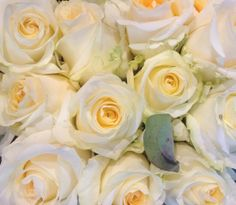Roses at the Parisian market. #flower #white #petals #romance #yellow