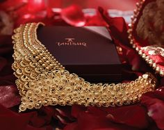 Tanishq - Your Wedding Jeweller Wedding Jewelry, Gold Jewelry, Gold Necklace, Jewellery, Wedding Rituals, Indian Look, Indian Bridal, Necklace Designs, Bellisima