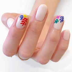 major art vibes on this mani inspired by Matisse. y'all know we love a neutral mani with fun nailart so hard #oliveyourmani nails: @flowidity108 color match: blanc @essiepolish