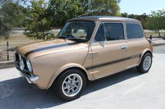 1978 Leyland Mini 1275 LS, modified paint and vinyl roof, located QLD, asking 15.5K August 2014