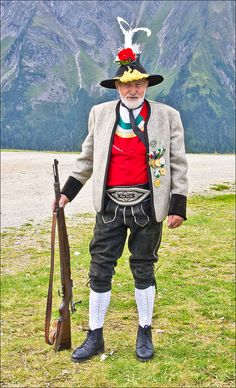 Shop at: Authentic lederhosen for men. Long kniebund lederhosen and short leather trousers. Perfect german costumes for ocktoberfest! Mens Lederhosen, Folk Costume, Costumes, German Outfit, Art Populaire, People Around The World, World Cultures, Traditional Dresses, Beautiful People
