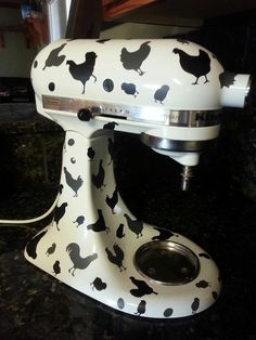 Kitchen Aid Mixer With Flowers Center Piece
