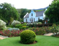 Una Dorothy van der Spuy bought a Cape Dutch house, Old Nectar, in She made a garden here and became well known as a writer on South African garde