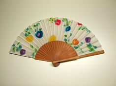 Hand fan Handpainted Silk-Abanico-Wedding by gilbea on Etsy                                                                                                                                                                                 Mais