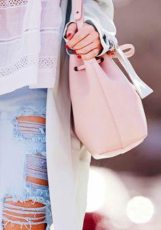 adore this pink bucket bag #wishlist