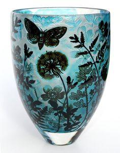 Jonathan Harris hand carved Intrinsic Cameo vase