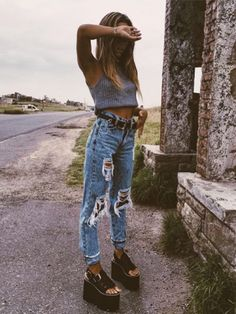 40 Awesome Chic Type Streetwear Outfits That Are Fabulously Fashionable - Style O Check surfergirlbody Fashion Kids, Look Fashion, Trendy Fashion, Trendy Style, Classy Style, Street Fashion, Moda Streetwear, Streetwear Fashion, Trendy Outfits