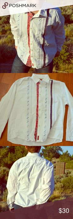 Tommy Hilfiger Western button down Americana shirt Show off your American pride with this vintage western button down shirt!  Excellent condition, size XL. Offers always accepted! Tommy Hilfiger Shirts Casual Button Down Shirts
