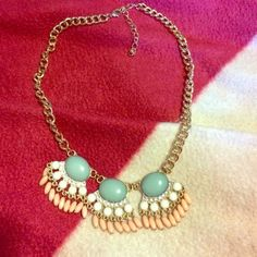 """Chunky necklace Pretty blue, pink and pearl chunky necklace. Hard wear is gold. In perfect condition. Has crystals on necklace as well. Clasp closure. Chain measures 8"""". ❌NO TRADES❌ Jewelry Necklaces"""