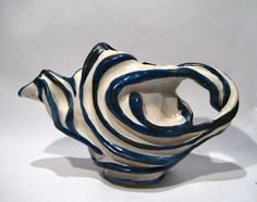 SCULPTURED MODERNIST STUDIO ART POTTERY