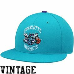 Mitchell & Ness Charlotte Hornets Basic Vintage Logo Flat Bill Fitted Hat - Teal