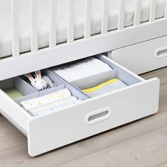 STUVA / FRITIDS Crib with drawers, white. Whether sleeping peacefully or crying to be picked up, an IKEA crib will keep your little one safe and sound. Safety is important, which is why we test our cribs to the strictest safety standards in the world. Ikea Cot, Drawer Lights, Ikea Stuva, Ikea Family, Painted Drawers, Plastic Drawers, Bed Base, Del Mar, Bedding
