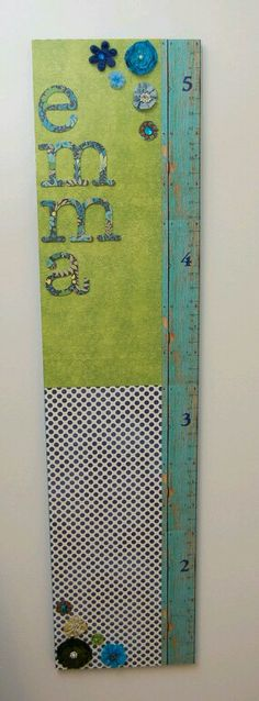 Neat growth chart- Would have to make one for a boy but I love the concept Woodworking Guide, Custom Woodworking, Woodworking Projects Plans, Teds Woodworking, Spice Rack Bookshelves, Ikea Spice Racks As Book Shelves, Baby Boy Themes, Rustic Nursery, Boy Decor