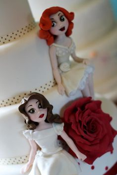 Female figure by Zoe's Fancy Cakes, who also has a You Tube channel, check out her fb page! they are fab :)