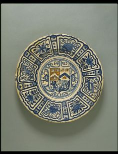 Dish Rotherhithe or Southwark, England ca. 1625-1640 Tin-glazed earthenware, painted in colours V&A, C.126-1938
