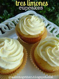 tres limones {or 3 lemons} cupcakes ... lemon cake, easy lemon curd and a fluffy lemon topping!