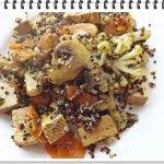 Quinoa s duseným karfiolom, mrkvou, šampiňónmi a tofu