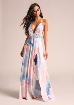 A maxi dress featuring a multi-colored print in a woven bodice. Maxi Dress With Slit, Dress Skirt, Dress Up, Dress Outfits, Fashion Dresses, Nice Dresses, Prom Dresses, Long Summer Dresses, Junior Outfits
