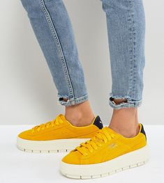 PUMA PLATFORM TRACE SNEAKERS IN YELLOW - YELLOW. #puma #shoes #