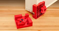 Introducing Woodpeckers newest Box Clamp, the This new molded design makes it well suited for assembling cabinets, drawers, shelves or virtually any size. Woodworking Drill Bits, Best Woodworking Tools, Woodworking Joints, Woodworking Furniture, Kreg Tools, Tool Workbench, Clamp Tool, Woodturning Tools, Wood Tools