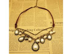 Baroque style with Water-drop Pearl Pendant Necklace