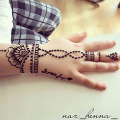 Henna Hand Designs, Mehndi Designs Finger, Pretty Henna Designs, Mehndi Designs For Fingers, Latest Mehndi Designs, Designs Mehndi, Henna Tattoo Hand, Wrist Henna, Hand Tattoos