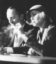Another awesome shot of Carole Lombard with William Powell, to whom she was married at the time. The two stayed close friends after their divorce and, as any Old Hollywood fan probably knows, starred in one of the greatest screwball comedies of all time together – 'My Man Godfrey'.