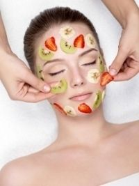 6 Natural Tips to Get Rid of Oily Skin