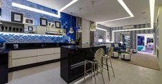 Realizada no Jockey Club de São Paulo, de 27 de maio a 20 de julho de 2014, a 28ª Casa Cor SP apresenta ao público um total de 79 ambientes, entre eles, apartamentos, lofts, casas de campo e estúdios. O UOL Casa e Decoração selecionou os dez ambientes imperdíveis e as razões para visitar a mostra. Confira!