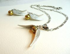 Harry Potter Golden Snitch Necklace & by ViperCoraraDesigns, $20.00 good girl gift for Noel & Raney