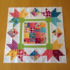 how to do crazy patchwork Quilt Block Patterns, Pattern Blocks, Quilt Blocks, Half Square Triangle Quilts, Square Quilt, Small Quilts, Mini Quilts, Scrappy Quilts, Rag Quilt