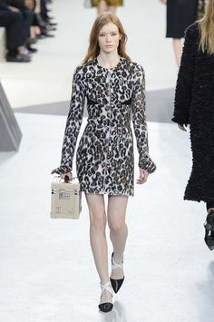 Louis Vuitton  #PFW Fall/Winter 2015/2016 www.so-sophisticated.com