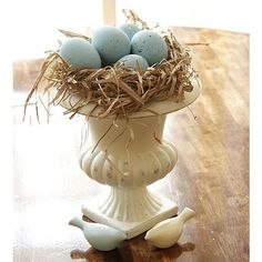 Shabby chic Easter decor...
