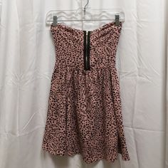 NWT Topshop tank/mini dress Can be worn as a minidress or layered with leggings. Brand New With Tags. Never worn! Topshop Tops Tank Tops