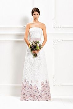 The Max Mara 2015 Bridal collection brings a selection of luxurious wedding dresses with a simple, contemporary feel. Floral Wedding Gown, Stunning Wedding Dresses, Luxury Wedding Dress, 2015 Wedding Dresses, Wedding Pics, Bridal Dresses, Beautiful Dresses, Wedding Gowns, Wedding Blog