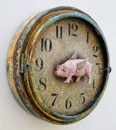 "LOVE this ""When Pigs Fly"" Olde Curiosity Shoppe altered clock! Jack and Cat Curio, you are awesome! #graphic45"