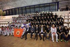 Mais de uma centena de jovens na natação e polo do Naval Povoense