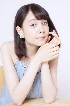 トリンドル玲奈 『リアル鬼ごっこ』インタビュー(写真:逢坂 聡) Reina Triendl, Asian Cute, Girls Gallery, Japan Girl, Cute Bikinis, Japanese Models, Japanese Beauty, Short Hair Styles, Beautiful Women